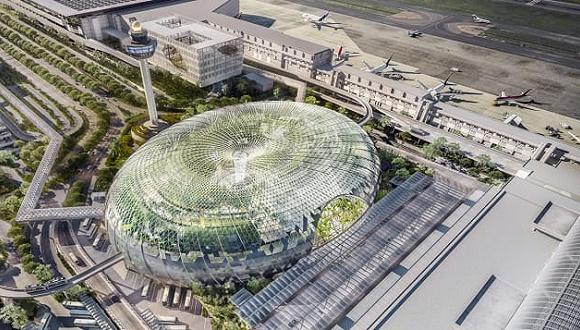 樟宜机场新地标:成了中转旅客的旅游目的地