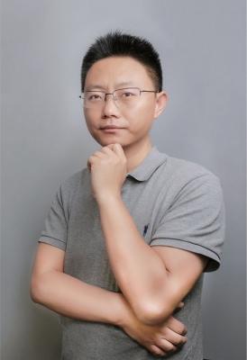 张林个人照片