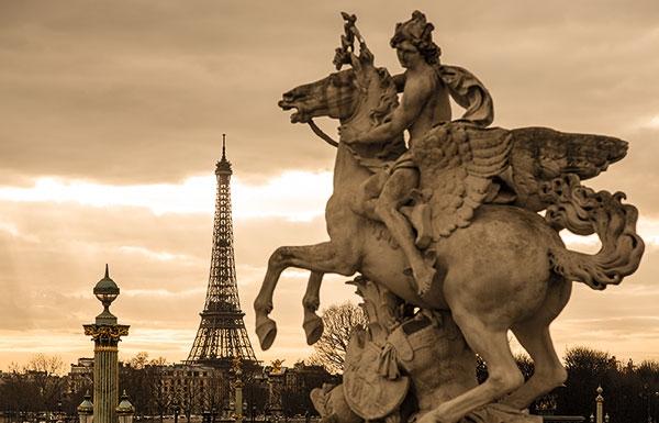 巴黎:禁止旅游巴士開進市中心 呼吁環保出行