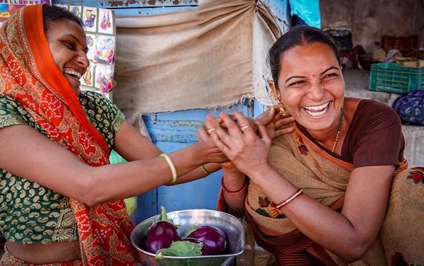 women-vendors-gujarat