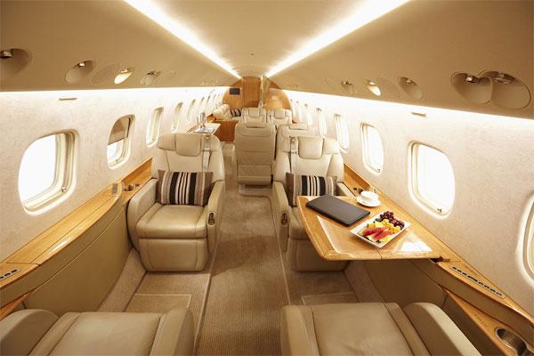 调查:疫情之下的航班限制使私人飞机预订增长