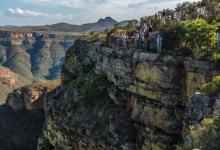 南非航空:深陷虧損泥沼 待業職工抗議示威