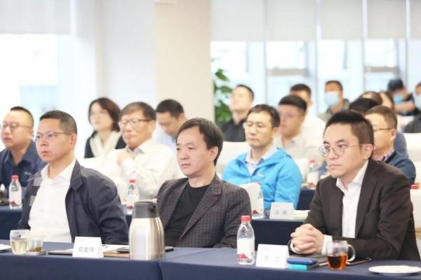祥源控股:战略投资中景信集团,推动产品转型